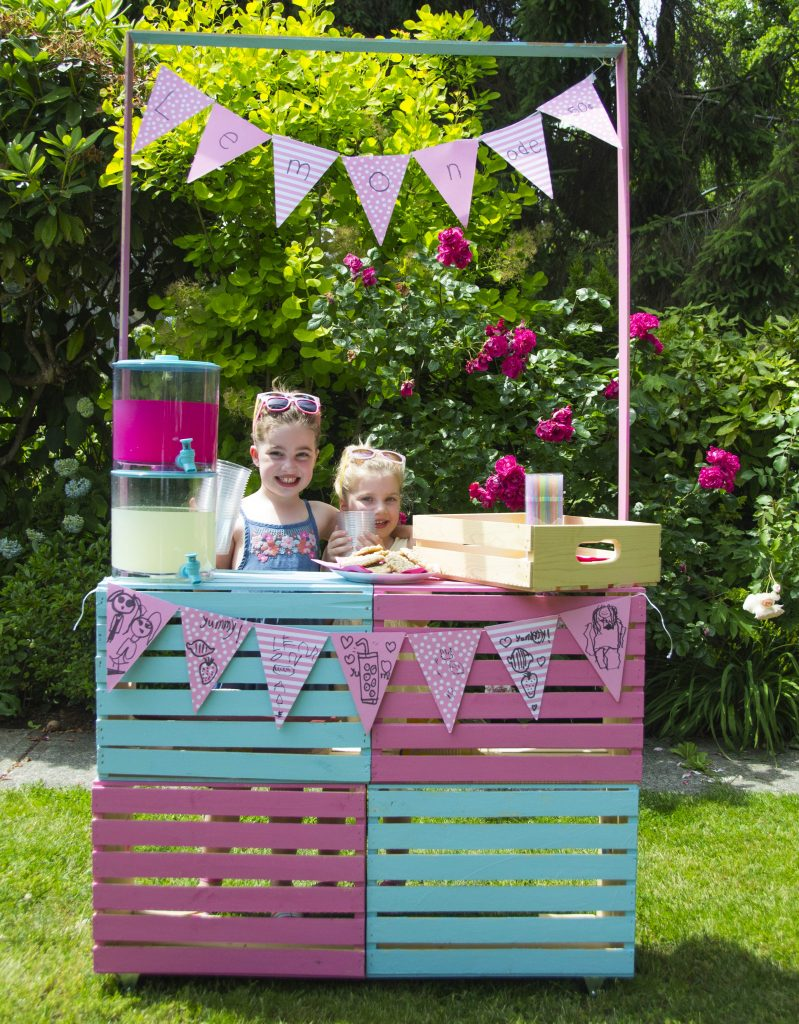 Diy lemonade stand part three finished for Kids lemonade stand plans