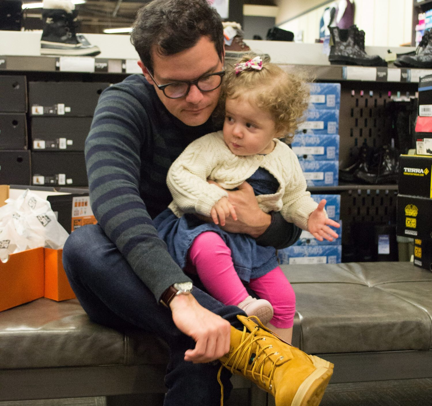 boots shopping, best winter boots, where to buy snow boots, vancouver, dad blogger, james r.c. smith, socialdad, vancouver blogger, canadian bloggers, best dad bloggers, top dad bloggers