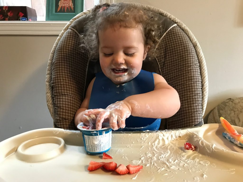 yogurt and baby, dad blog, social dad, daddy blogger, parenting blogs in canada, vancouver, social dad, socialdad, routines for toddlers, how to use routines for kids, mealtime routines, parenting advice blogs, dad blog, canadian dad blogs